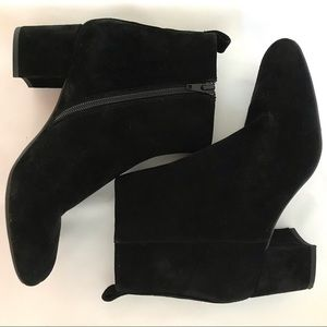 NEW Gianni Bono black suede ankle booties 7 1/2